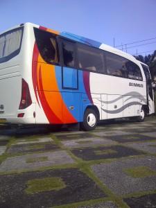 Bus Wisata Padang