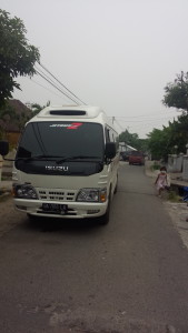 isuzu elf long chasis 14 seater