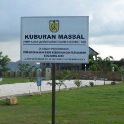 kuburan massal Tsunami Aceh