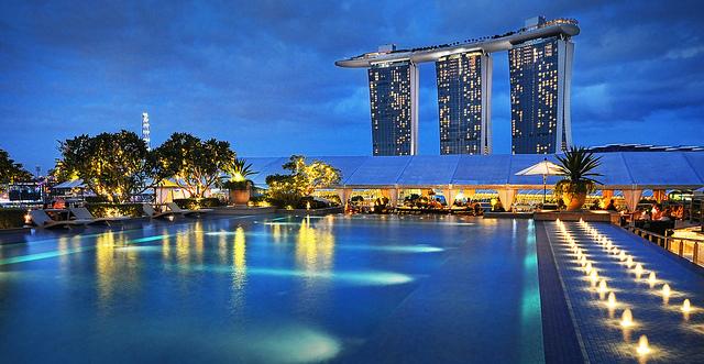 Paket Tour Kuala Lumpur – Bangkok – Pattaya – Singapore – Batam 5 hari 4 malam.