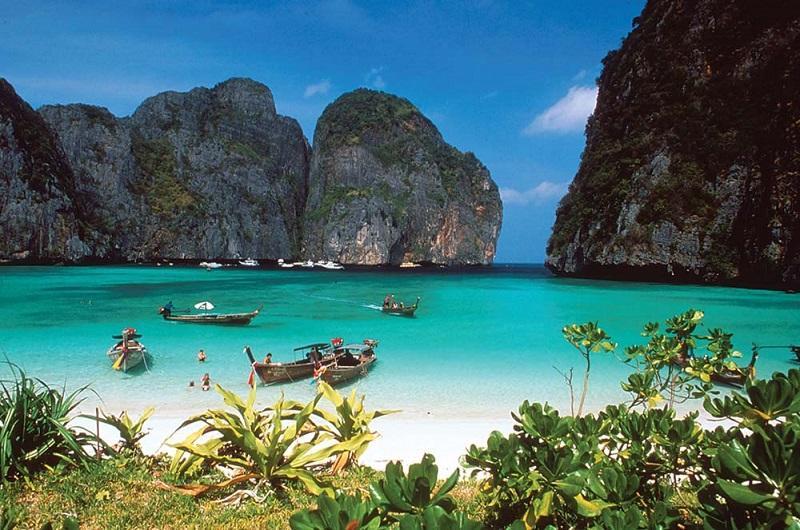 Paket Wisata Thailand PHUKET – PHI PHI ISLAND  3 Hari 2 Malam